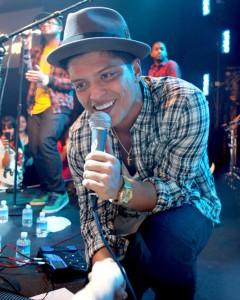 Bruno_Mars,_Las_Vegas_2010
